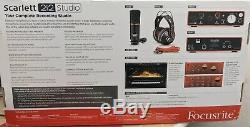 Focusrite MOSC0020 Scarlett 2i2 Studio 2nd Generation USB Audio Interface