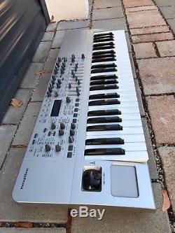 Novation X-Station 49 Analog Modelling Synthesizer+ USB Audio Interface