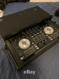 Numark NVI Dual Display USB DJ Controller with Audio Interface With Box