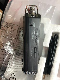 Tascam DR-40 v2 Portable 4-Track Digital Audio Recorder/USB Audio Interface+32GB